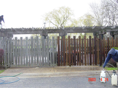 fence restoration Chicago